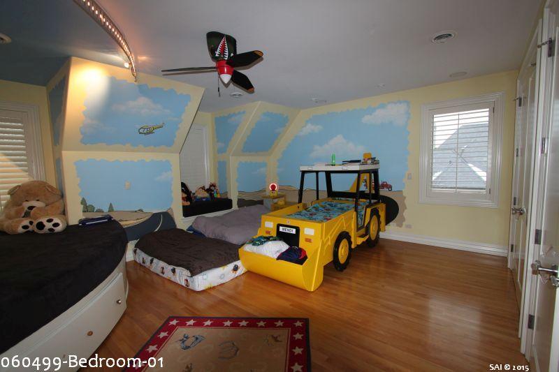 060499-Bedroom-01