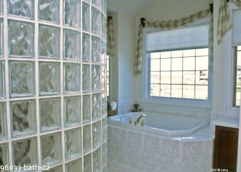 96033-bath-02