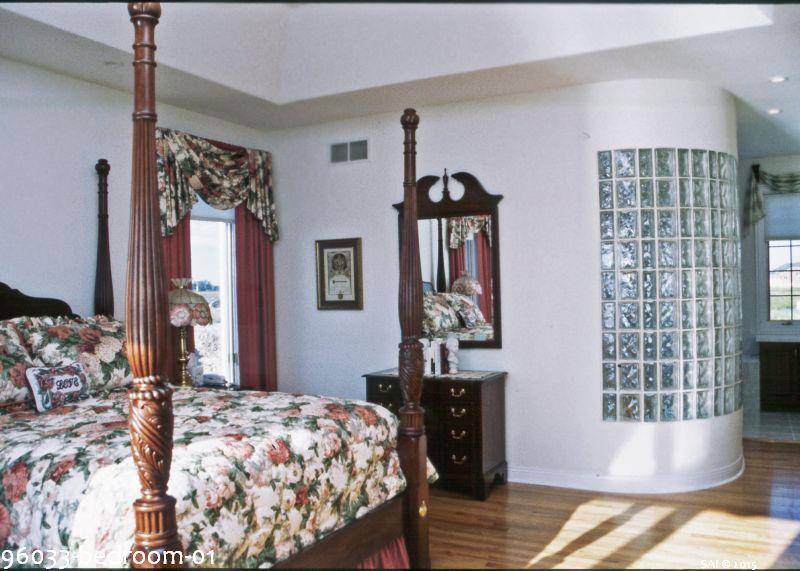 96033-bedroom-01